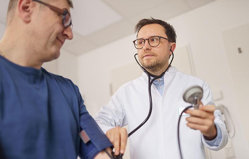 Jochheim Medizin, Darstellung der körperlichen Untersuchung